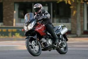 Культура мотоциклистов на дороге