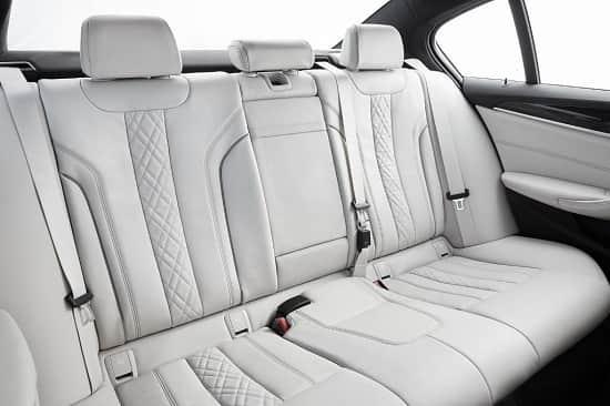 Салон BMW 5 Series 7 поколения