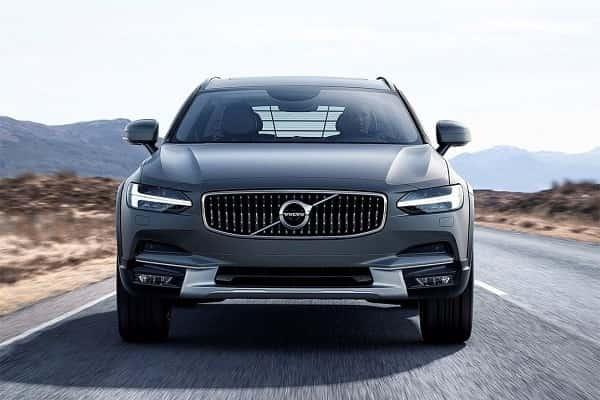 Volvo V90 Cross Country - универсал повышенной проходимости