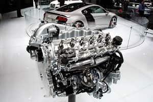 Двигатель V12 Audi R8