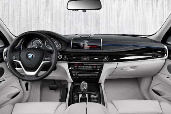Салон BMW X5 xDrive40e Plug-in Hybrid