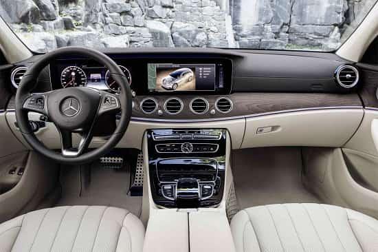 Салон Mercedes-Benz E-Class All-Terrain