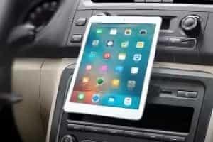 Закрепители для планшетов в автомобиле