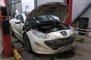 Поломка автомобиля Peugeot