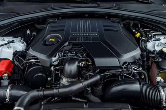 Двигатель Jaguar E-Pace 2018 года
