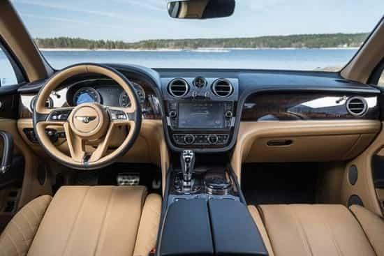 Салон Bentley Bentayga с дизельным двигателем