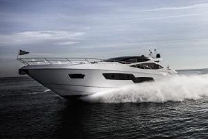 Яхта Predator 80