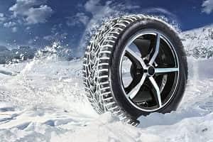 Зимняя шипованная шина