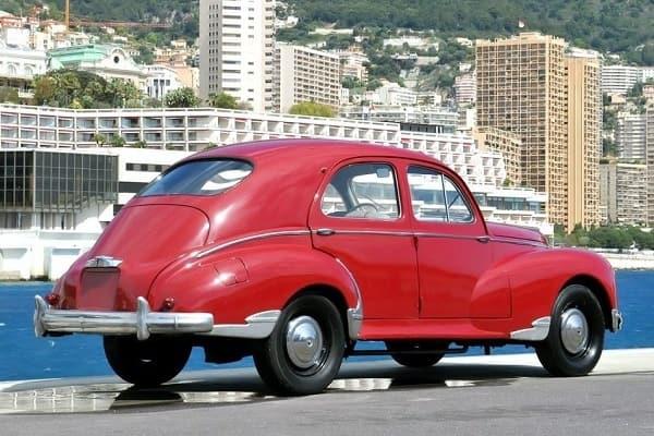 Peugeot_203_1949