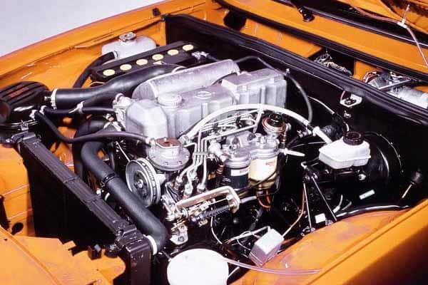 Двигатель Opel Rekord E1 1977 года