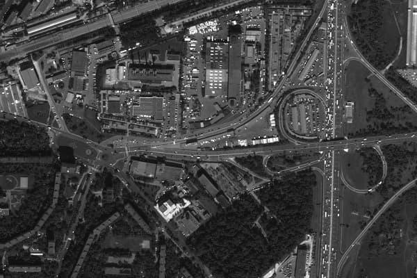 Мониторинг за дорогами из космоса