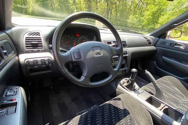 Салон Honda Prelude 1997 (5 поколение)
