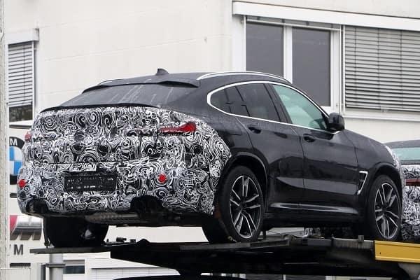 BMW-X4 2021 года