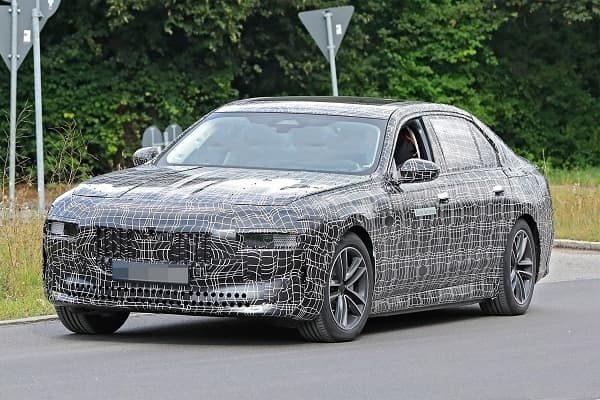 BMW 7-Series 2022 года