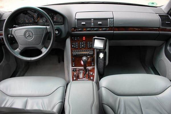 Салон Mercedes-Benz W140 1992 года