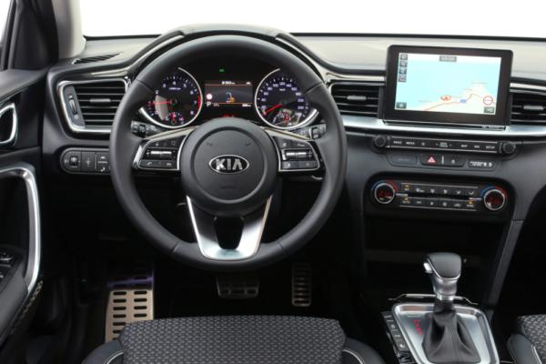 Обзор Kia Ceed 2021 нового поколения